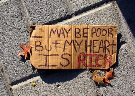 6361733647004074412117797642_poor-but-rich-846x604